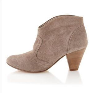 Steve Madden Pembrook Suede Ankle Boot Taupe Color
